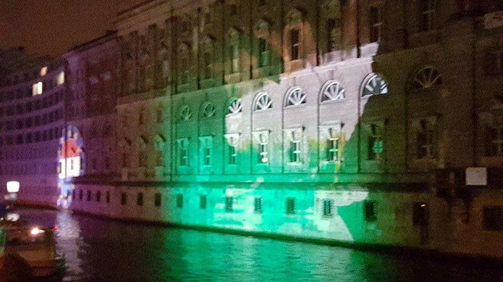 Festival-of-Lights-SprachenGalerie-Berlin-2016-b-1024×575
